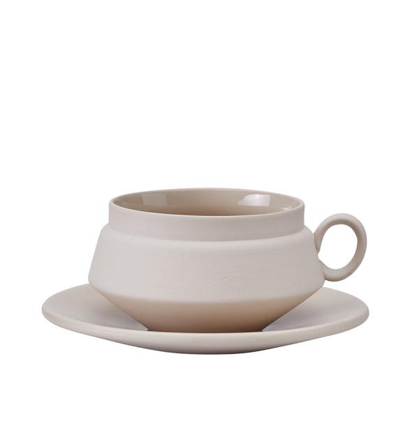 Grey Cup and Saucer_Hend_Krichen.6
