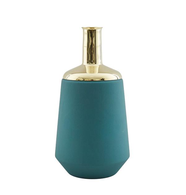 Hend_Krichen_Green_Tall Vase.1